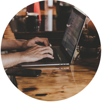 Editor Service Laptop